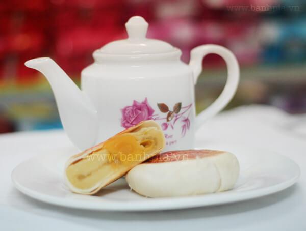Bánh pía đậu sầu riêng 3 sao