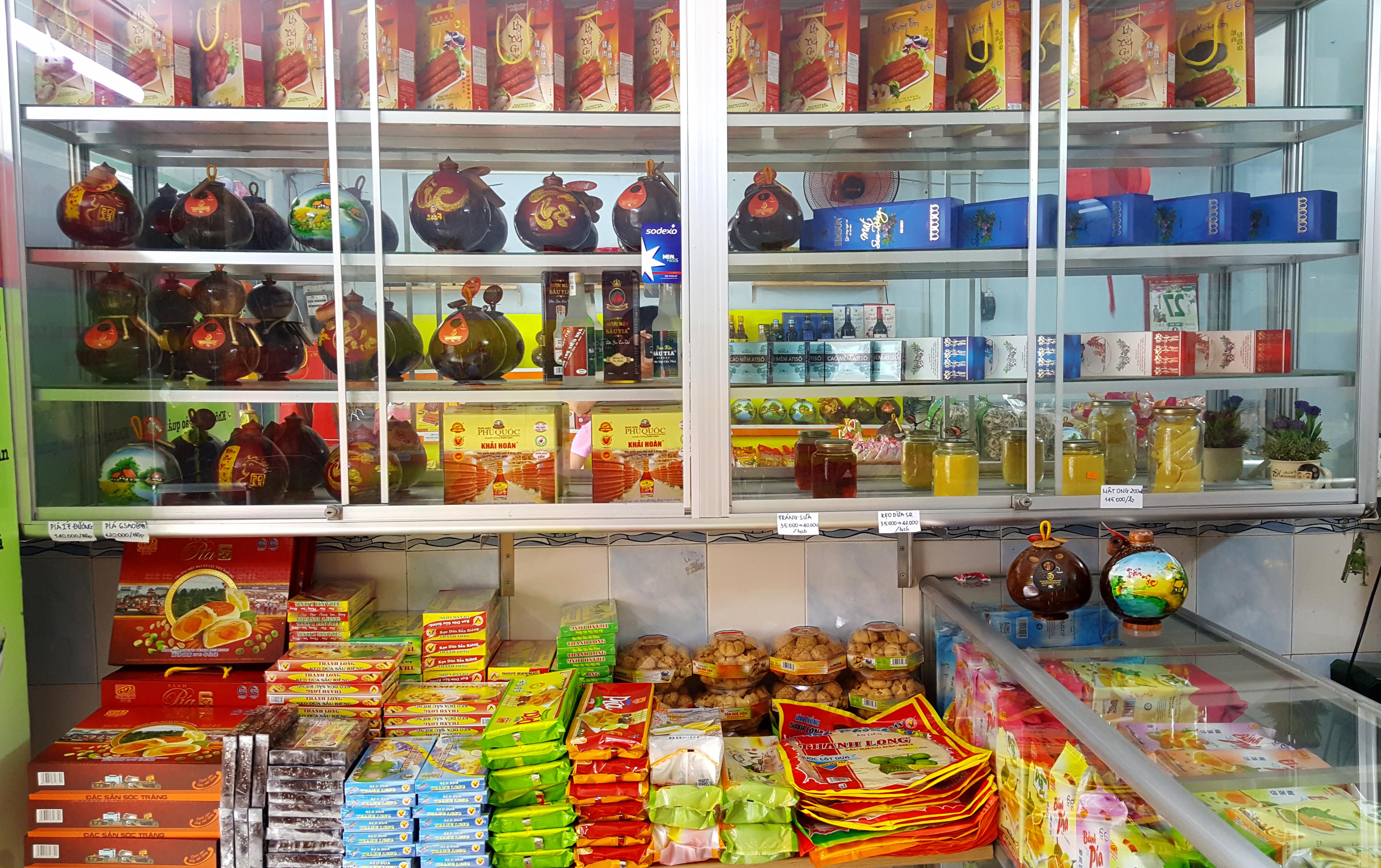 Cửa hàng bánh pía Quận 4